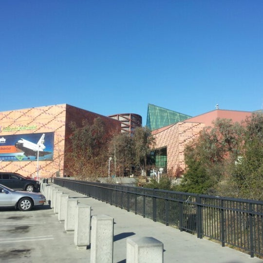 รูปภาพถ่ายที่ California Science Center โดย Allen L. เมื่อ 1/20/2013