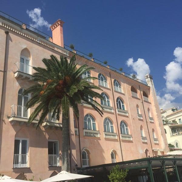 Foto diambil di Hotel Palazzo Avino oleh Deniz K. pada 9/14/2016