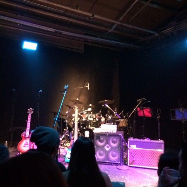 รูปภาพถ่ายที่ Warehouse Live โดย Carlos L. เมื่อ 6/14/2014