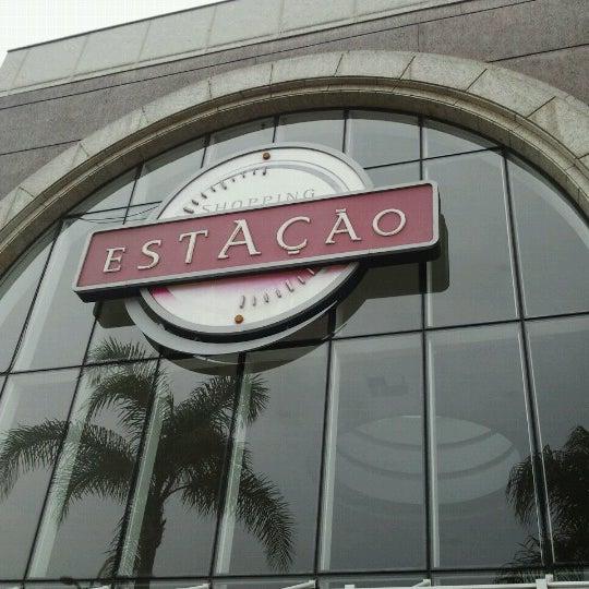 9/25/2012 tarihinde James T.ziyaretçi tarafından Shopping Estação'de çekilen fotoğraf