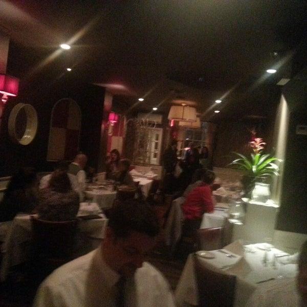 4/9/2014にAdam H.がBello Restaurantで撮った写真