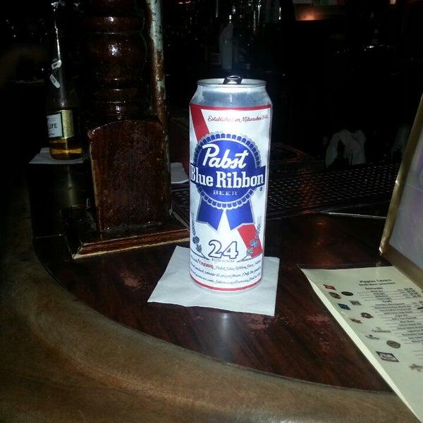 Foto diambil di Pippin's Tavern oleh Dan M. pada 3/2/2013