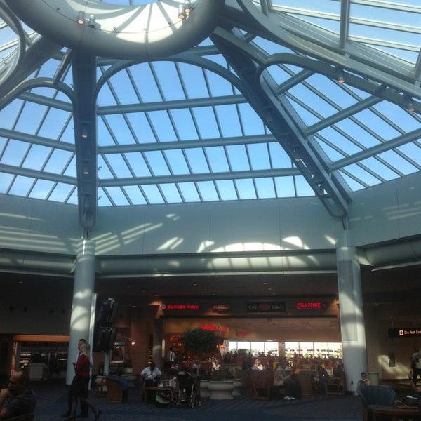 Das Foto wurde bei Flughafen Orlando (MCO) von Thanh Trung N. am 6/7/2013 aufgenommen