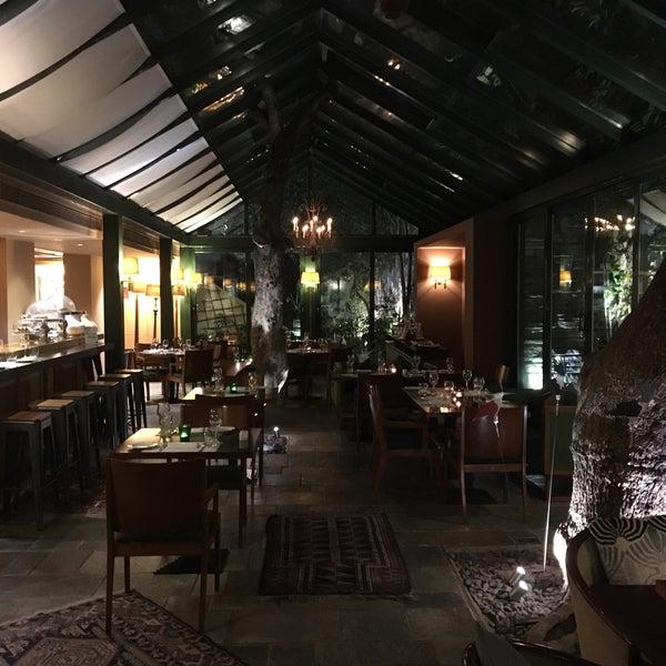 Foto scattata a Herodion Hotel da Rasto J. il 3/14/2018