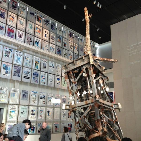 Foto scattata a Newseum da John il 12/30/2012