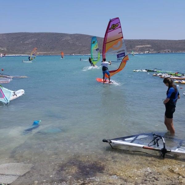 Das Foto wurde bei Alaçatı Surf Paradise Club von Cengizhan E. am 7/12/2018 aufgenommen