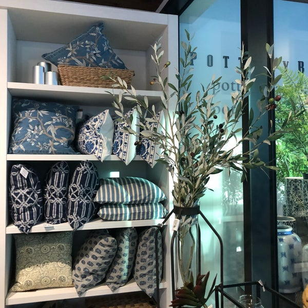 Does Pottery Barn Have Furniture In Stock: Furniture / Home Store In 강남구