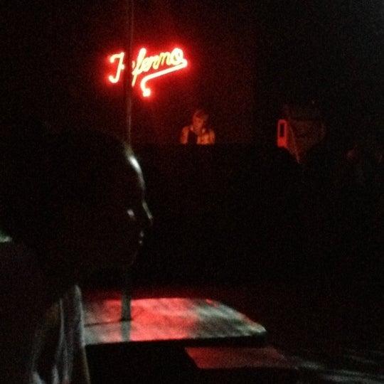 Foto diambil di Kitsch&Pop oleh Rafael S. pada 12/13/2012