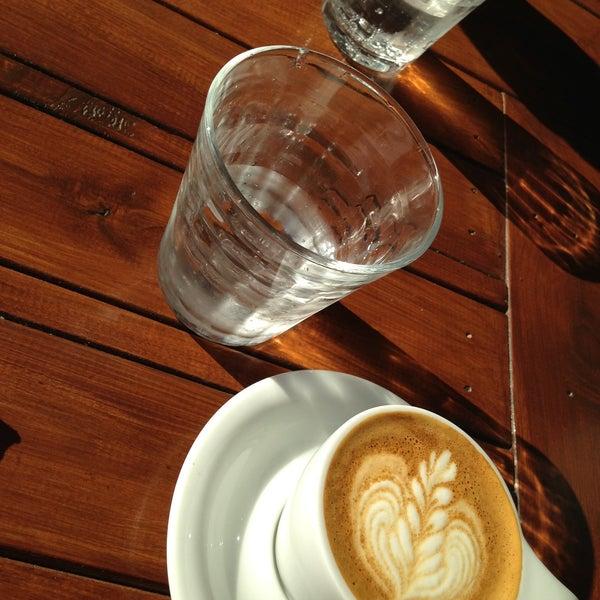 5/10/2013にH K.がEveryday Coffeeで撮った写真