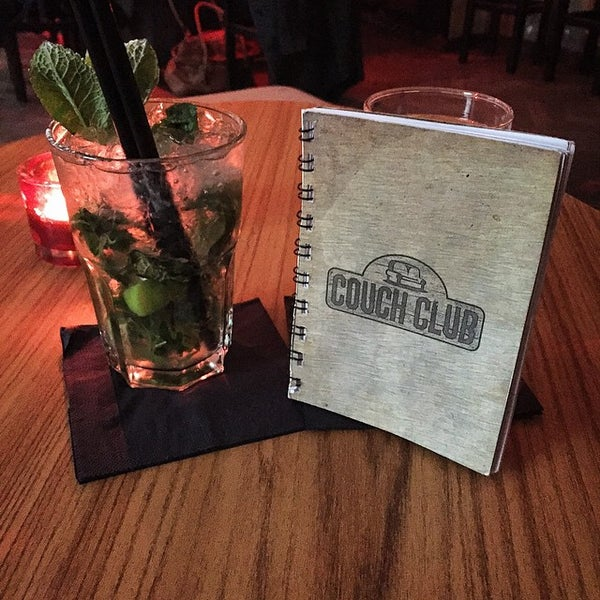 A cosy sofa bar with a drinks menu containing over 130 types of gin as well as tasting days once per month. Local favourites such as The Duke and Feel! are both available. Happy hour from 7-9PM.