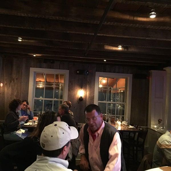 10/25/2015에 Juno S.님이 The Spotted Horse Tavern에서 찍은 사진