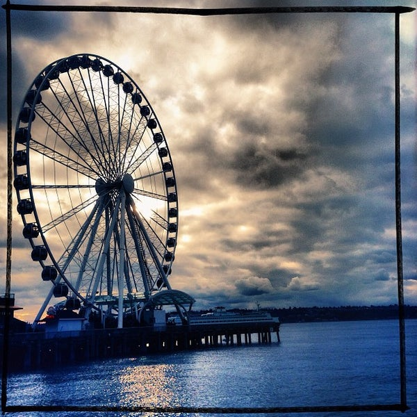 Das Foto wurde bei Waterfront Park von Ilovetapatio am 12/15/2012 aufgenommen