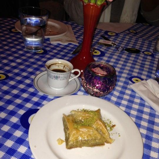 11/14/2012에 Mehvish M.님이 Anatolia Restaurant에서 찍은 사진