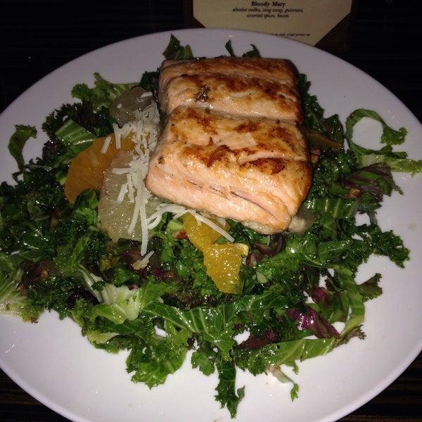 Das Foto wurde bei Bellwether Meeting House & Eatery von Marisa R. am 9/27/2015 aufgenommen
