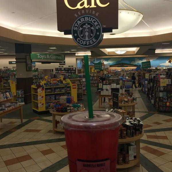 Photos at Barnes and Noble Cafe - Café in Paramus