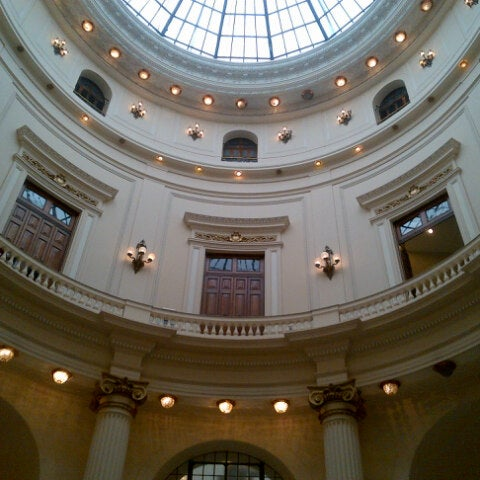 Photo taken at Centro Cultural Banco do Brasil (CCBB) by Flavia M. on 1/22/2013