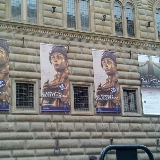 Photo prise au Palazzo Strozzi par Lynn C. le3/23/2013