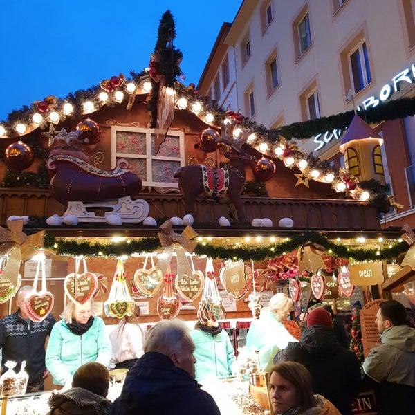 Weihnachtsmarkt Würzburg.Photos At Würzburger Weihnachtsmarkt Now Closed Markt