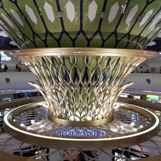 Photo prise au Abu Dhabi International Airport (AUH) par Marina F. le2/4/2013