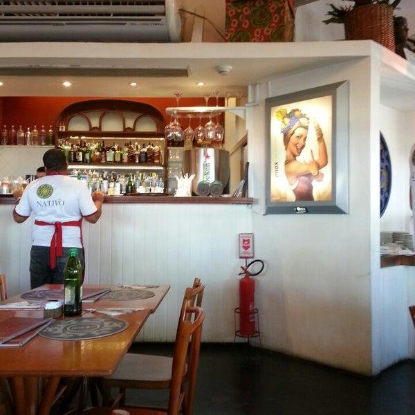Foto tirada no(a) Nativo Bar e Restaurante por Alessandra F. em 5/3/2013