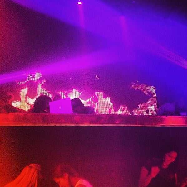 Photo prise au Spazio Nightclub par Nolo S. le2/24/2013