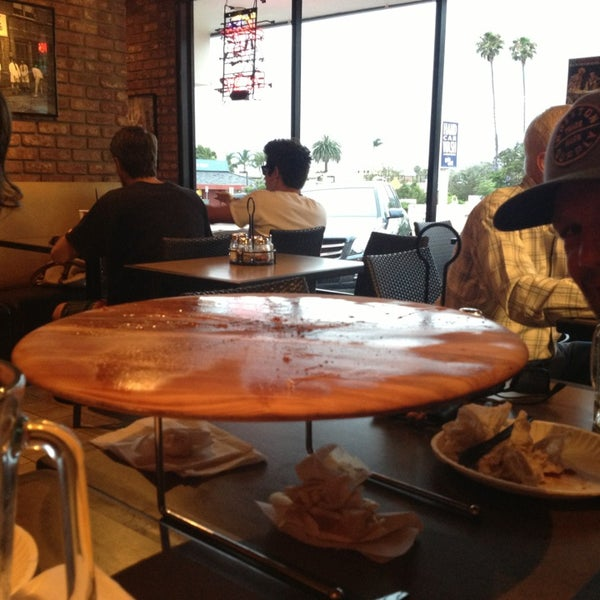 Foto diambil di Pizza on Pearl oleh Kyle👣 pada 7/6/2013