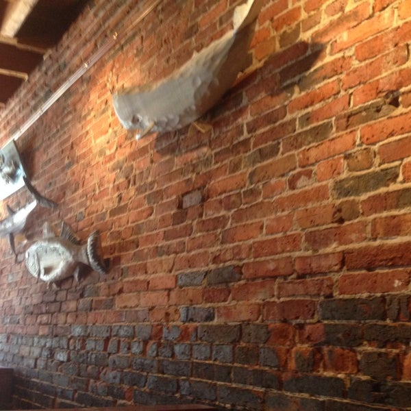 5/3/2014에 Carlos N.님이 Gas Light Pizza Pub에서 찍은 사진