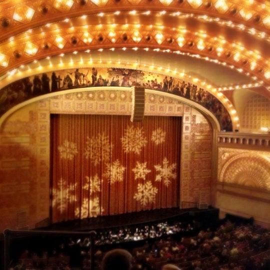 12/15/2012 tarihinde Silvana F.ziyaretçi tarafından Auditorium Theatre'de çekilen fotoğraf