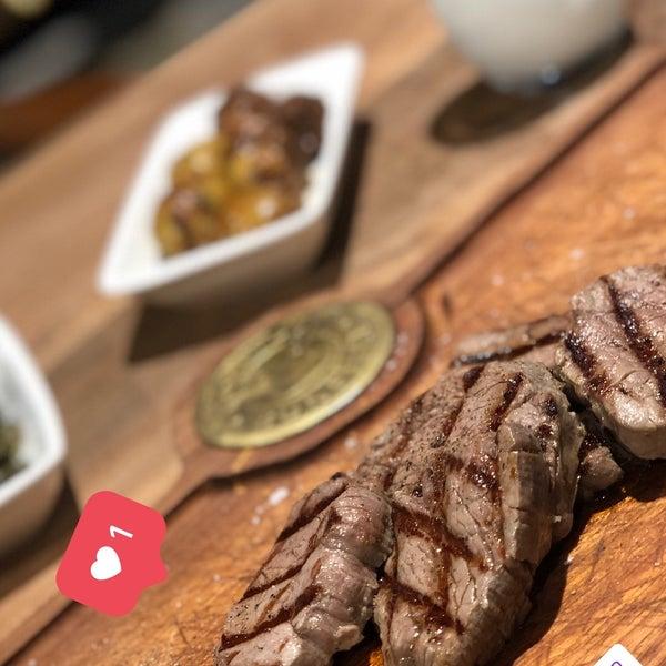 12/20/2018 tarihinde Gizem O.ziyaretçi tarafından Bonfilet Steak House & Kasap'de çekilen fotoğraf
