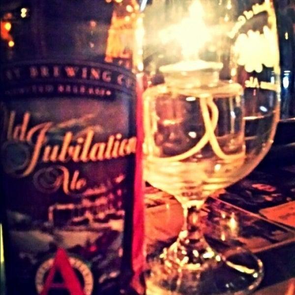 12/3/2014にThe GraftonがThe Grafton Irish Pub & Grillで撮った写真
