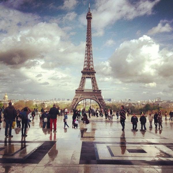 Photo prise au Place du Trocadéro par Luiz M. le4/19/2013