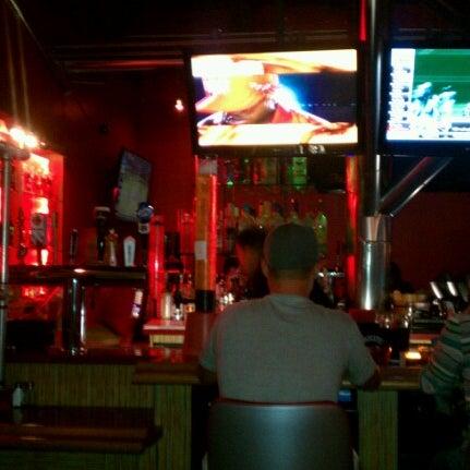 Foto scattata a Hi Scores Bar-Arcade da Danielle M. il 9/29/2012