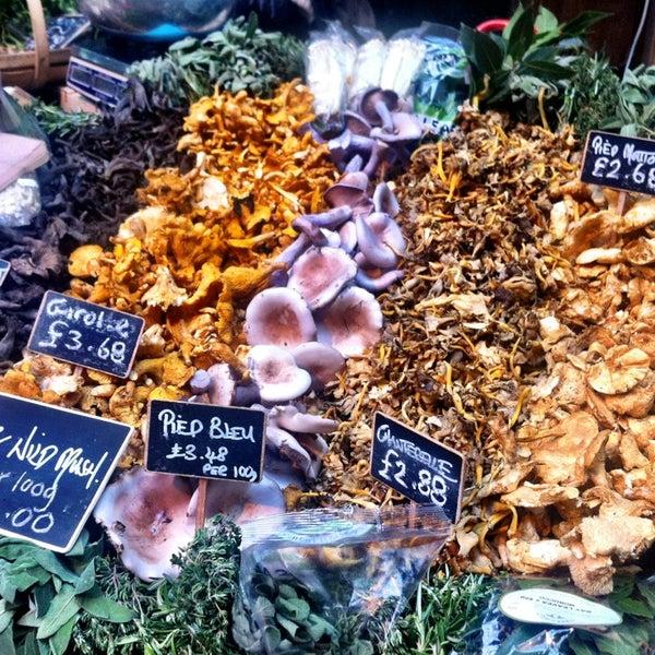 Foto tirada no(a) Borough Market por Ólafur Gauti G. em 3/16/2013