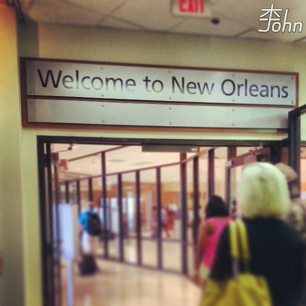 Foto scattata a Louis Armstrong New Orleans International Airport (MSY) da John L. il 9/12/2013