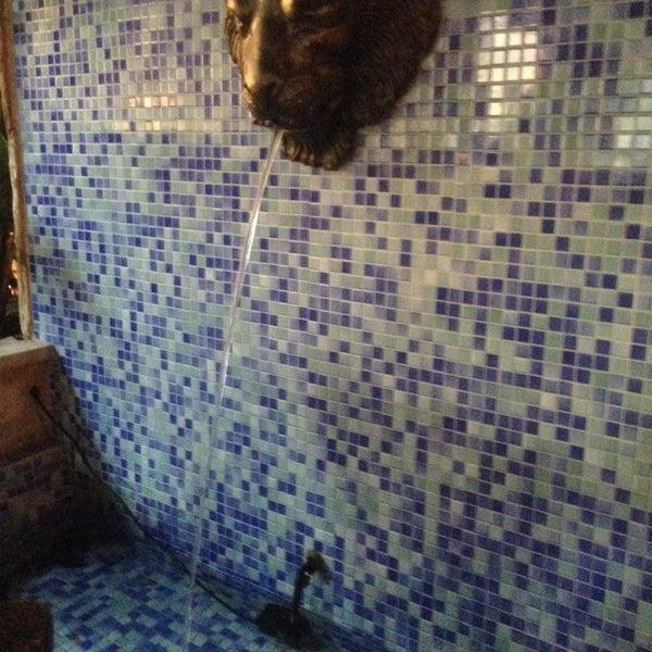 10/25/2013 tarihinde Howard B.ziyaretçi tarafından Sufi's Restaurant'de çekilen fotoğraf