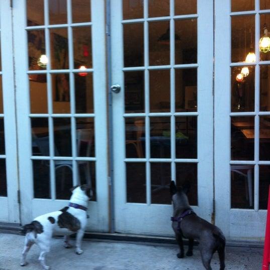 Foto tirada no(a) Brooklyn Kolache Co. por Zane em 10/11/2012