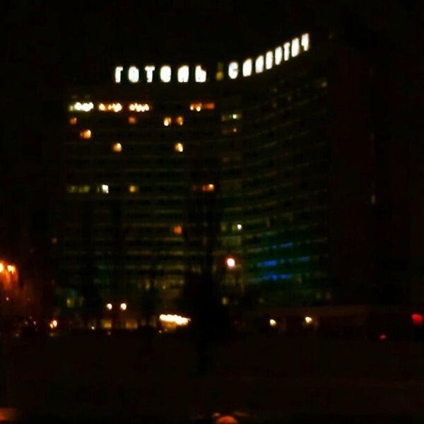 2/22/2013 tarihinde Andrey P.ziyaretçi tarafından Готель «Славутич»  / Slavutych Hotel'de çekilen fotoğraf