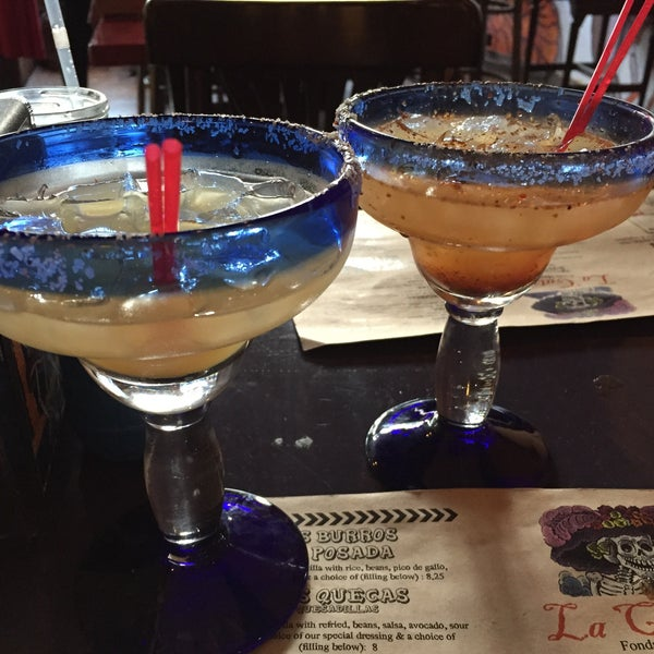 รูปภาพถ่ายที่ Tasca Spanish Tapas Restaurant & Bar โดย Katie R. เมื่อ 6/26/2015