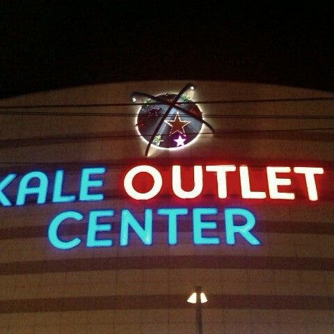 Foto scattata a Kale Outlet Center da Süleyman U. il 12/24/2012