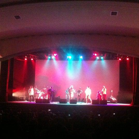 Foto diambil di Teatro Nescafé de las Artes oleh Nay J. pada 11/12/2012