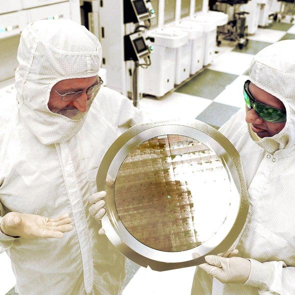 IBM, uzun süredir üzerinde çalıştığı ve diğer çiplerden 4kat daha güçlü ultra ince bilgisayar çipini duyurdu