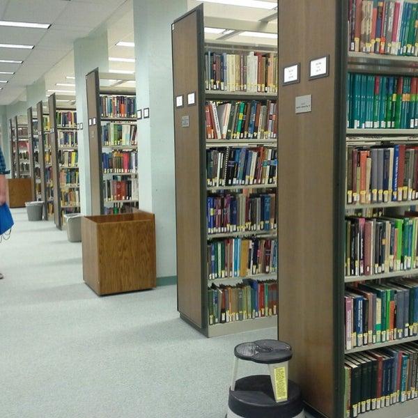 Ualbany library