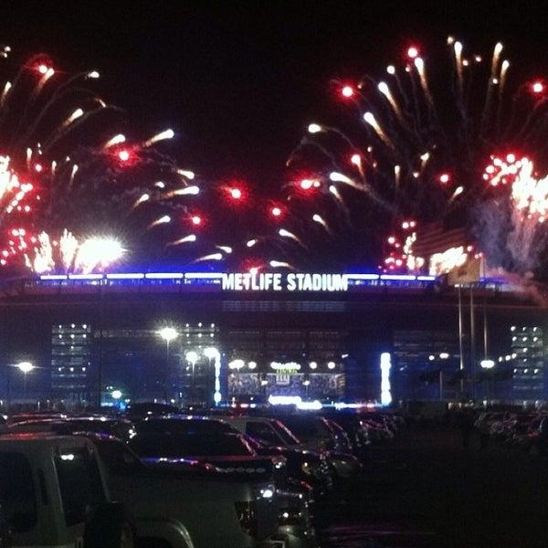 รูปภาพถ่ายที่ MetLife Stadium โดย Anita เมื่อ 10/22/2013