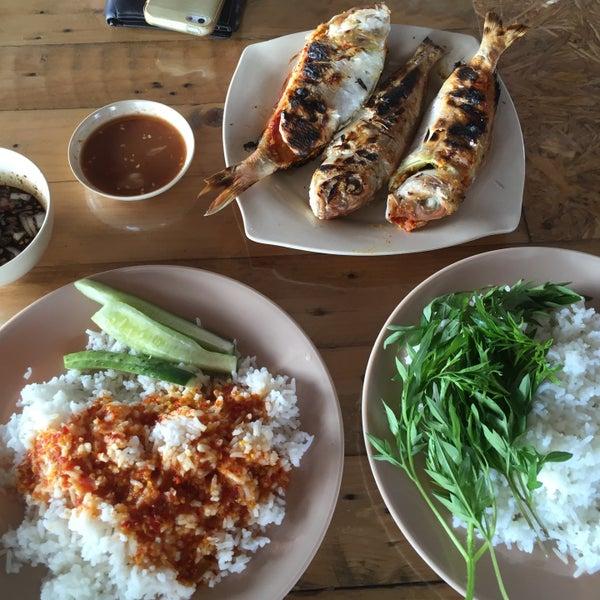Photo Taken At Ikan Panggang Dapur Arang By Mushira A On 1 21