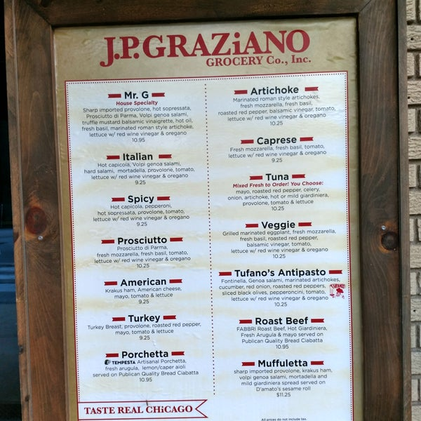 รูปภาพถ่ายที่ J.P. Graziano Grocery โดย s p. เมื่อ 5/27/2019