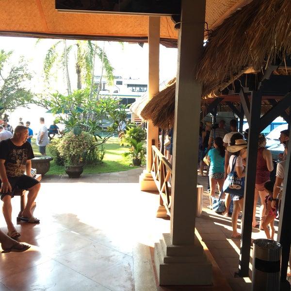 7/4/2016에 Joe W.님이 Bali Hai Cruises에서 찍은 사진