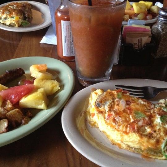 10/28/2012 tarihinde Ashleyziyaretçi tarafından Union Cafe'de çekilen fotoğraf