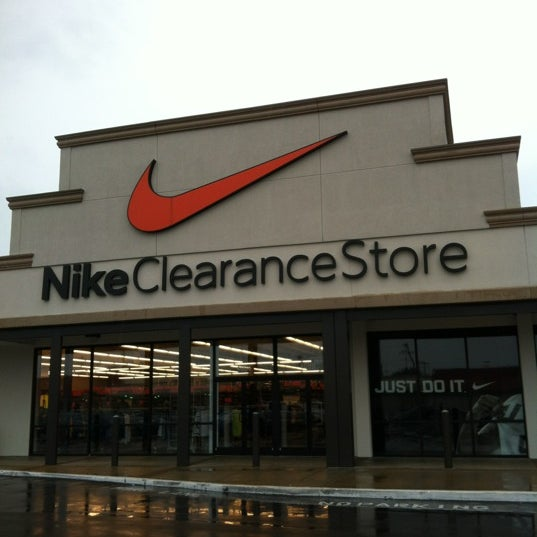b3905043adf5 Nike Factory Store - 4099 S Plaza