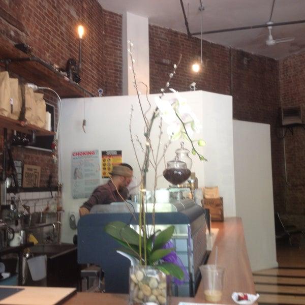 5/12/2013にAnna T.がTaszo Espresso Barで撮った写真