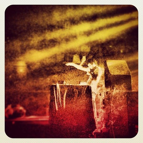 Das Foto wurde bei Cervantes' Masterpiece Ballroom & Cervantes' Other Side von Andy I. am 10/5/2012 aufgenommen
